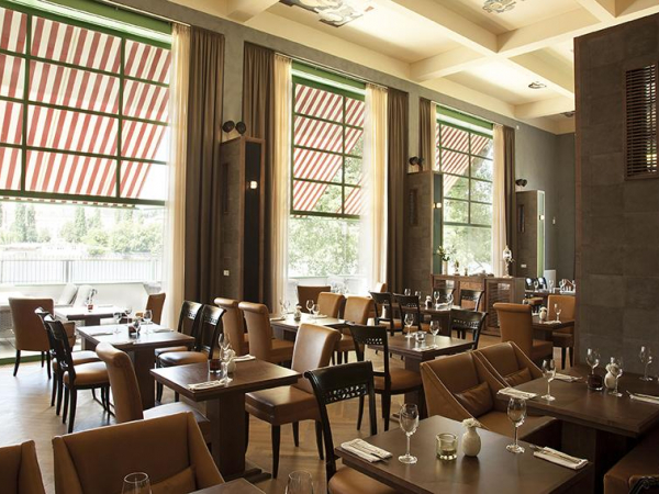 Mánes Restaurant