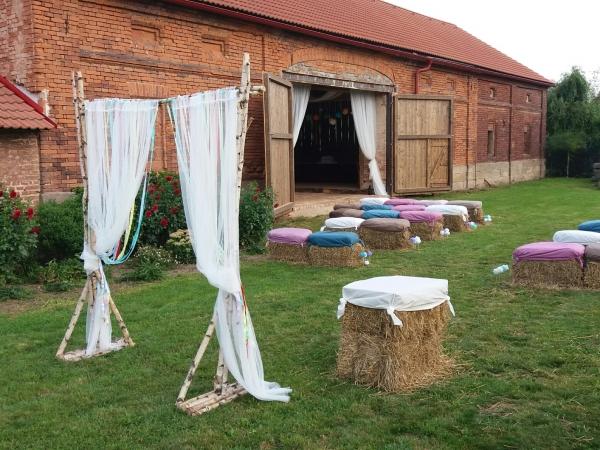 Svatební místo - Statek ve Lhotě pod Libčany