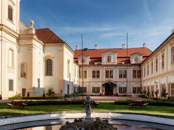 Svatební místo - Zámek Loučeň
