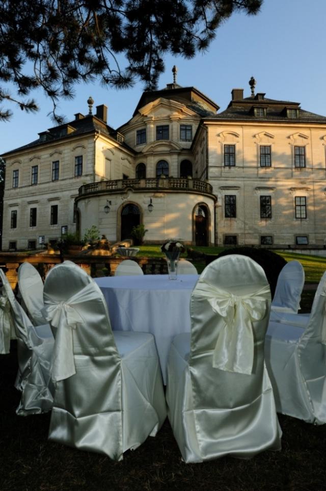 Zámek Karlova Koruna – svatební hostiny na Zámecké Terase