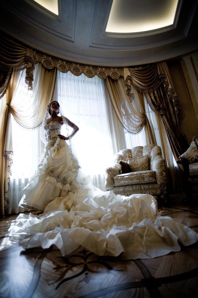 Svatebni Saty S Vleckou Ano Nebo Ne Marriage Guide Svatebni