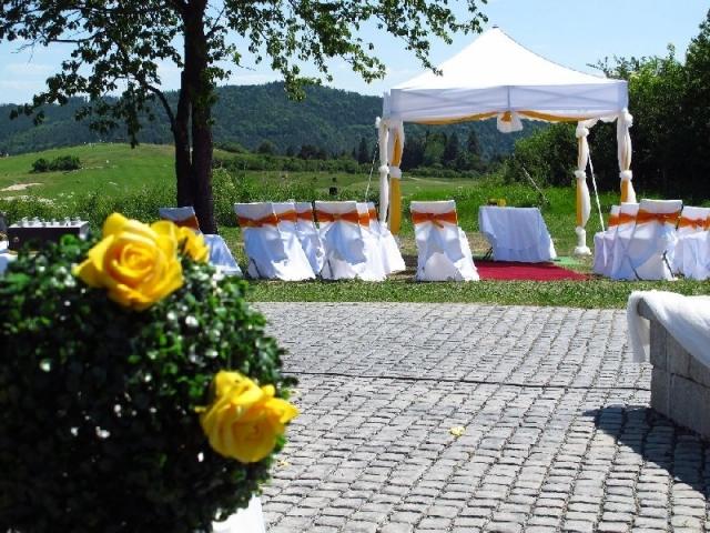 Venkovní svatby rostou v žebříčku popularity