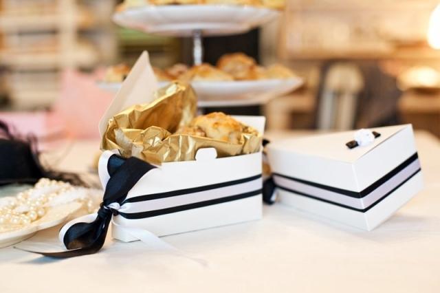 Jak elegantně zabalit svatební výslužky
