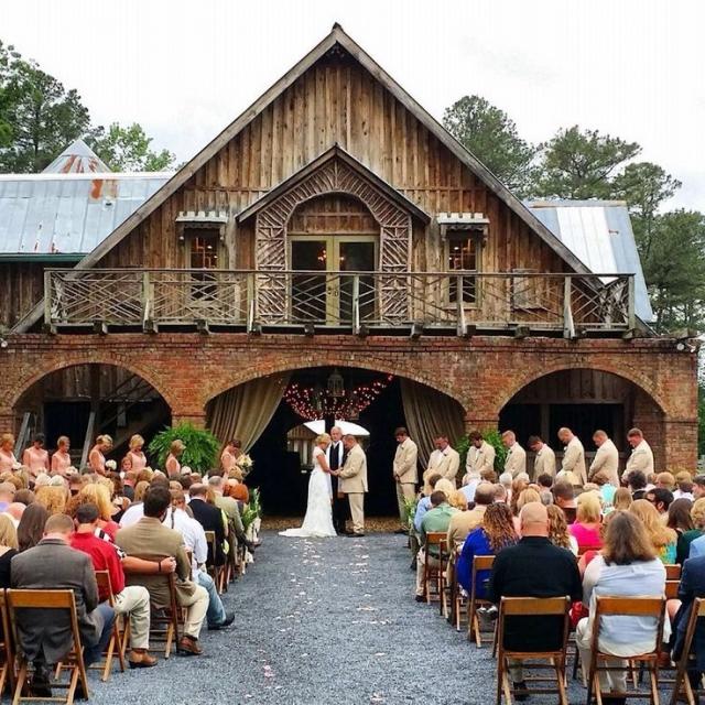 Velké vs. malé svatby – 1.díl