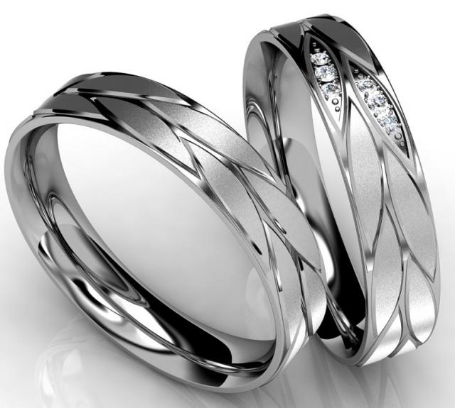 Co o vás vypovídá materiál vašich snubních prstenů?