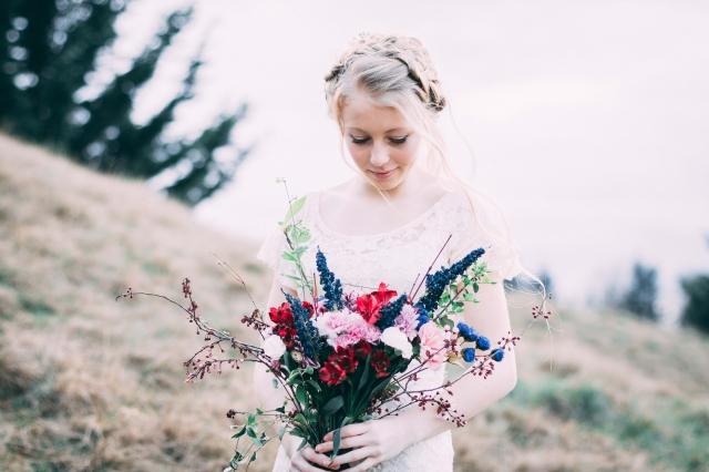 Kytice s modrými květy
