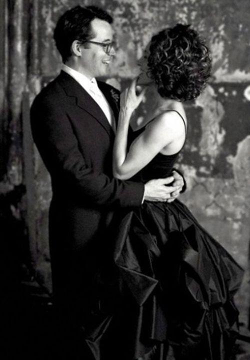 Slavná herečka se vdávala v černé