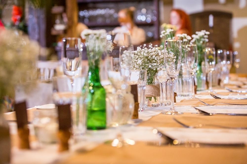 Jak Na Rustikalni Svatbu Pro 150 Lidi Marriage Guide Svatebni