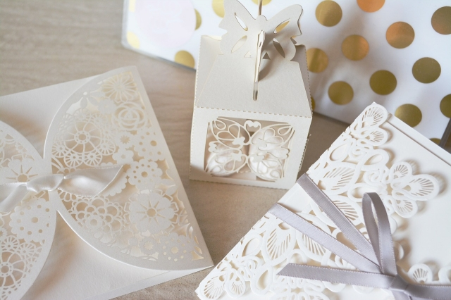 Vyrobte si DIY obálky či krabičky pro netradiční překvapení!