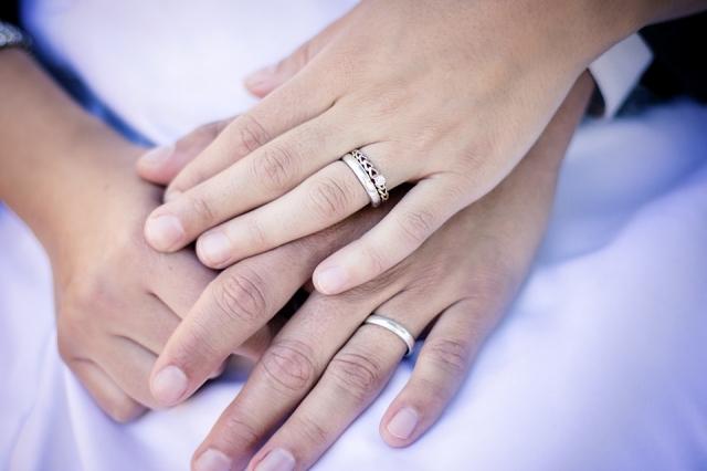 Neplnoletá nevěsta? Dříve rutina, dnes rarita