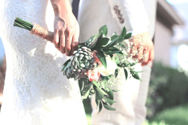Svatební kytice podtrhne krásu nevěsty. Jak vybrat tu pravou?