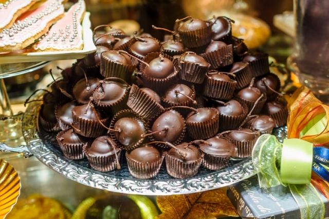 Sladké pohoštění na svatbu: Tipy pro mlsné jazýčky i dietáře
