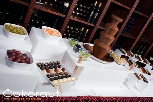 Čokoládová fontána na svatbě
