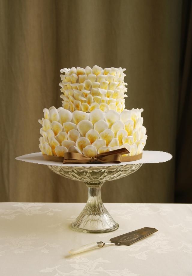 Jak vybrat dokonalý svatební dort