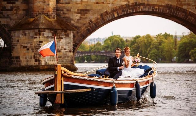 """Aqua svatba na """"moře"""" způsobů"""