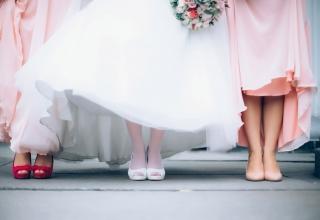 Boty na svatbu: pohodlné nebo elegantní? Jde i obojí!