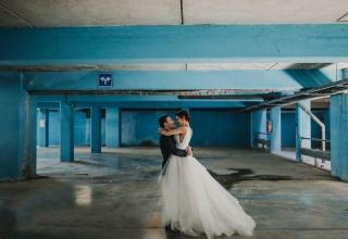 Budu se vdávat, potřebuju něco modrého!