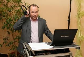 Co může svatební DJ nabídnout
