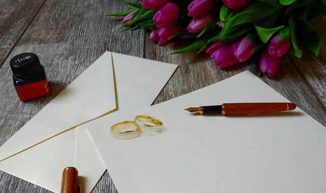 Co patří na svatební oznámení a jak ho vytvořit?