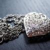 Dostala jste šperk se srdcem? Původní význam vás zaskočí!