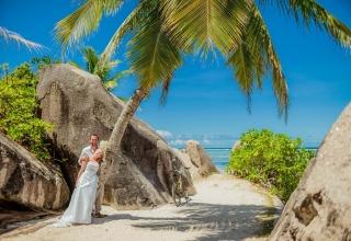 Exotická svatba u moře je mnohdy levnější varianta