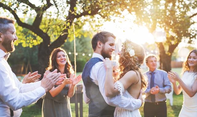 Hotel Akademie Hrubá Voda - last minute svatba
