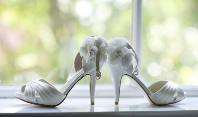 Jak se vybírá svatební obuv?