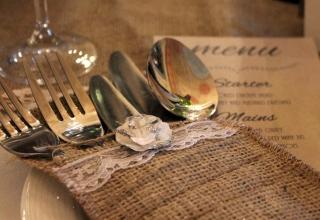 DIY - ozdobné pouzdro na příbory v rustikálním stylu