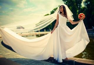 Pochybujete o svých svatebních šatech?