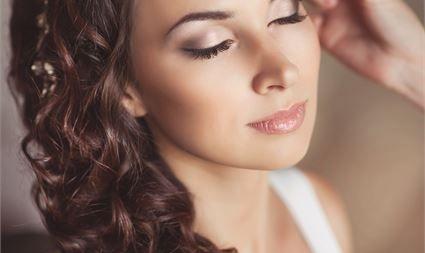 Rady a tipy na svatební líčení
