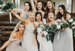 Role hlavní družičky na svatbě