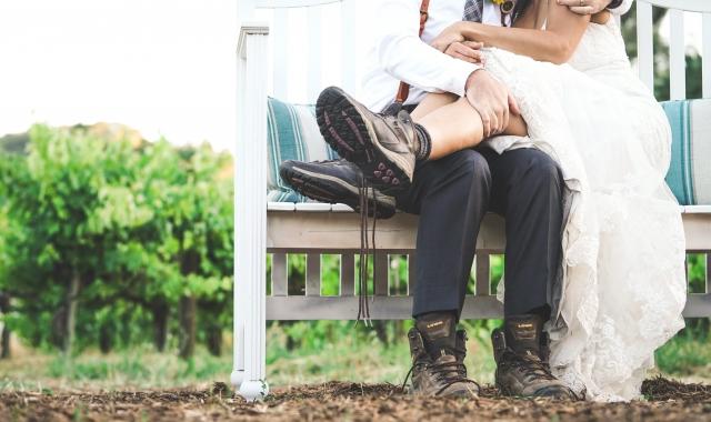 Jak sladit nevěstu a ženicha? Zkuste to moderně a s vtipem