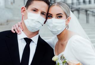Svatby netřeba bezhlavě rušit; restartujte svoje plány!