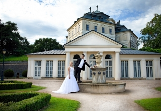 Svatební den na zámku Karlova Koruna