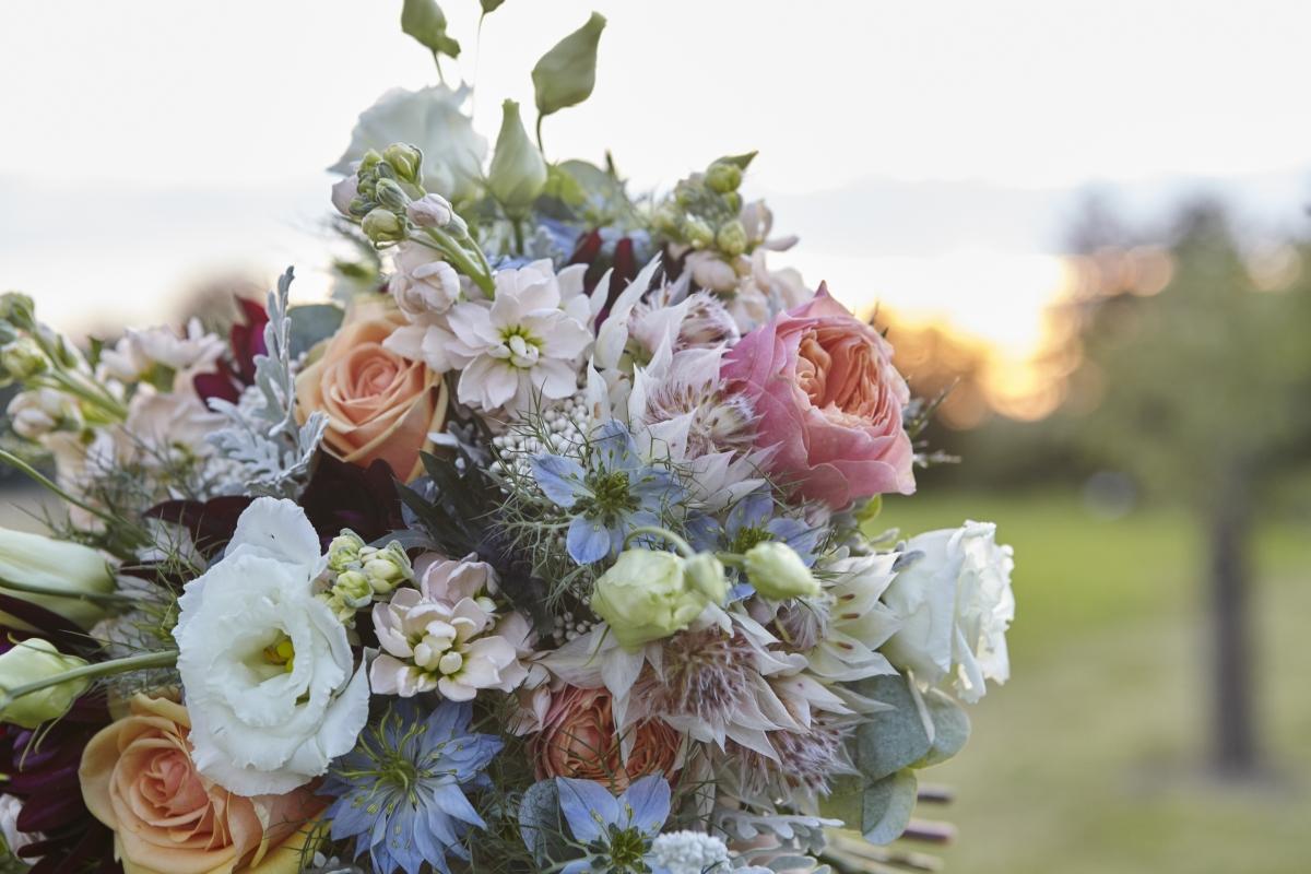 Svatebni Kytice Ma Podtrhnout Dojem Nevesty Marriage Guide