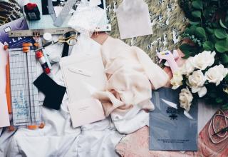 Svatební mood board pomůže při plánování. Víme, jak ho vytvořit