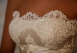 Svatební šaty pro nevěsty s větším poprsím