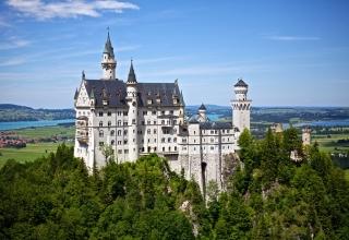 TIP 6 nejkrásnějších hradů a zámků světa